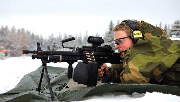 La FN Minimi es una ametralladora ligera de origen belga que adopta el calibre 5,56 x 45 mm OTAN - Por Redacción Espacio Armas.