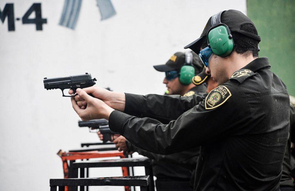 Capacitación de policías. En la foto policías de Colombia - Fuente fotografía: El Heraldo