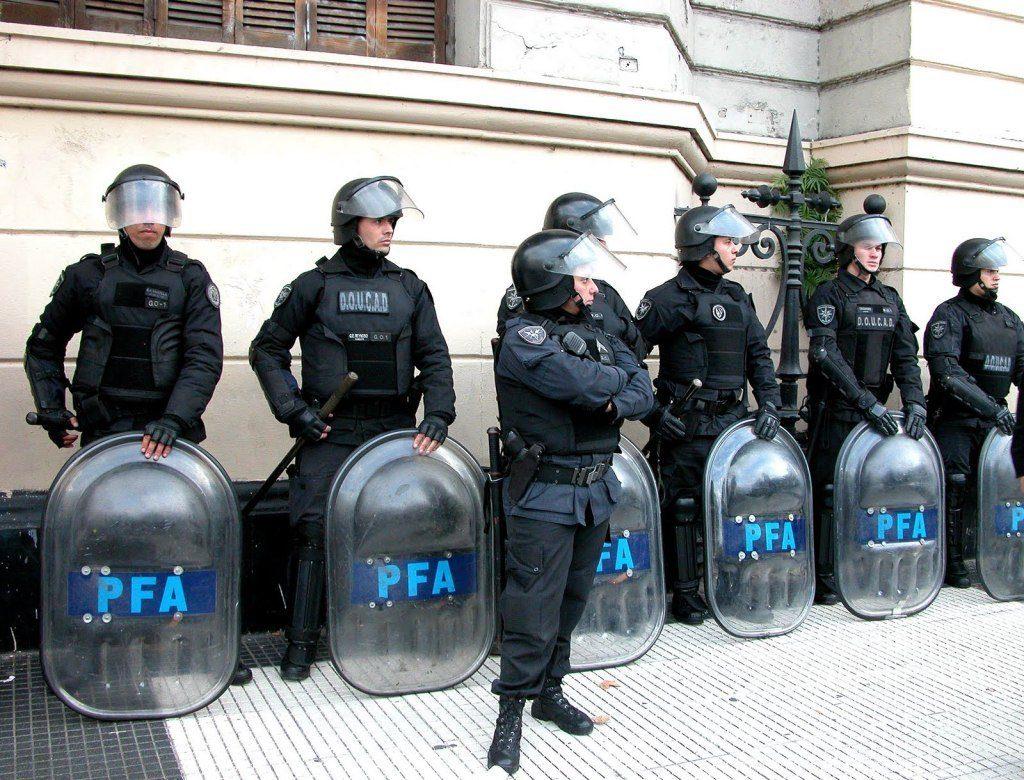 Policía Federal Argentina - Por Redacción Espacio armas