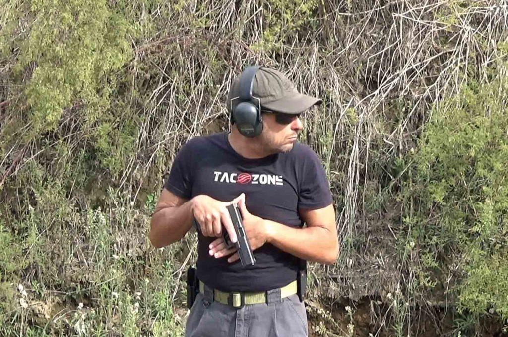 Posición SUL ejemplo de uso en situación de entrenamiento - Por Redacción Espacio Armas