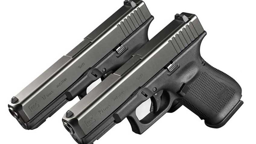 Glock 17 y Glock 19 en cal. 9 mm. Redacción Espacio Armas.