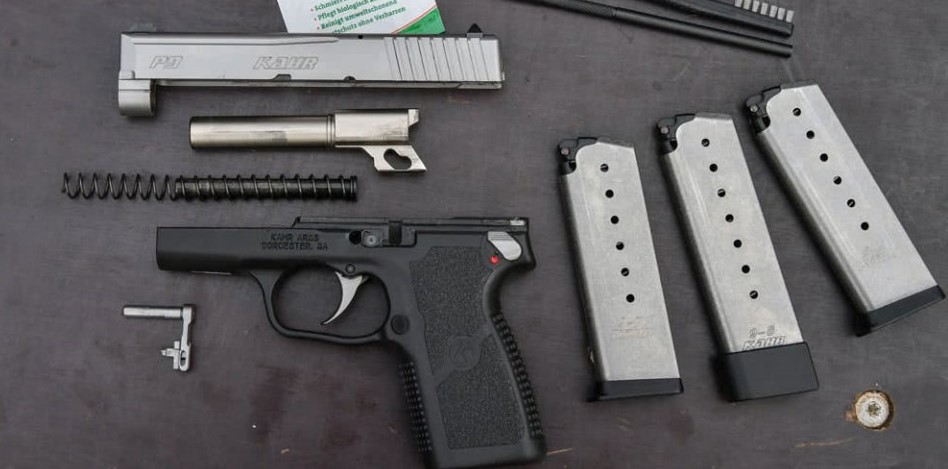 Desarme de la pistola Kahr P9. Redacción Espacio Armas.