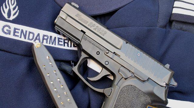 La Gendarmeria Nacional de Francia adopta la SigSauer Pro SP2022