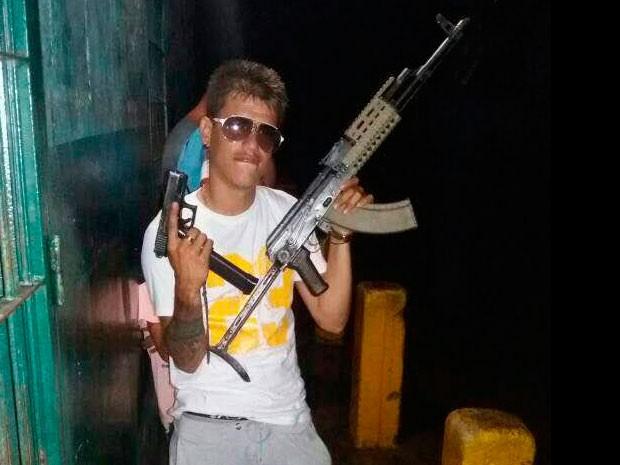 Edison Augustin Barrera alias el Catire. Redaccion Espacio Armas