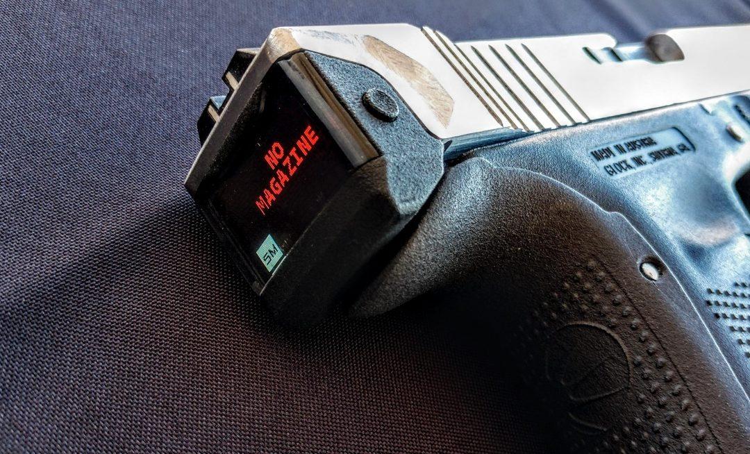 """Radetec presenta la aplicación móvil y de diapositivas """"Smart Glock"""""""