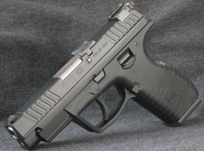 Pistola CZ 100, cal. 9 mm Parabellum. Redacción Espacio Armas