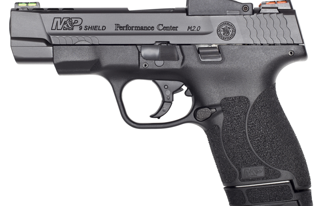 S&W Performance Center lanza la pistola  M&P Shield M2.0 equipada con Red Dot con un cañon  de 4 pulgadas