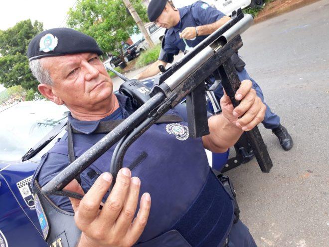 Una submetralladora en cal. S&W .40 artesanal incautada por la policía en Brasil