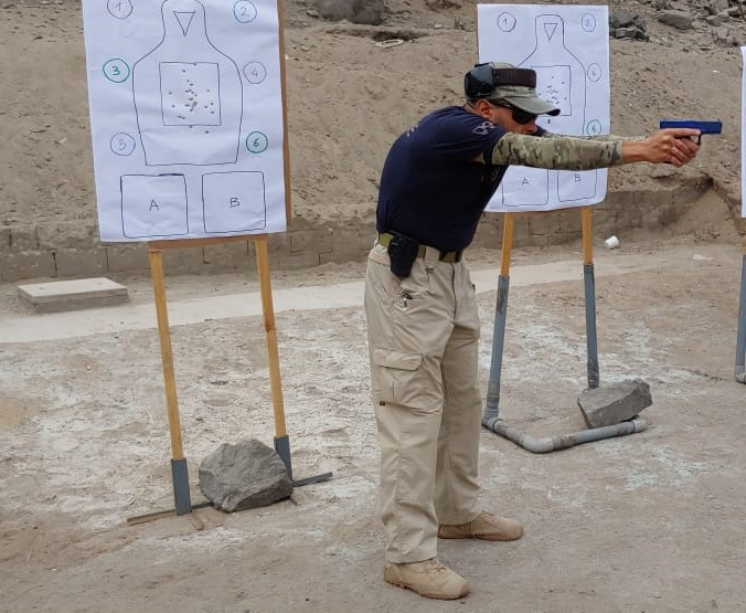 "Sistema de autodefensa ""Intuitive Focus Shooting"" de Rob Pincus"
