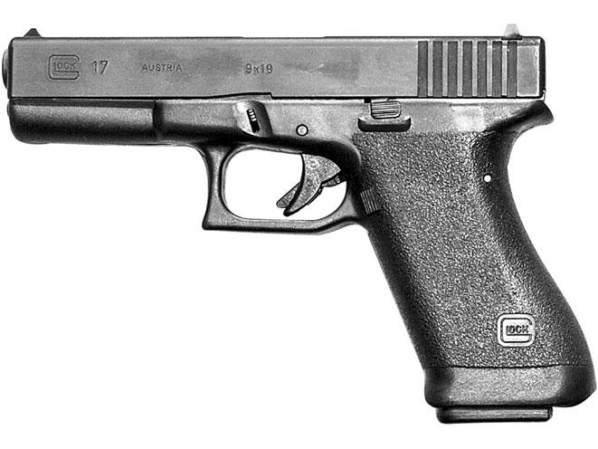 Glock 17 en cal. 9 mm Gen 1. Fuente www.personaldefenseworld.com. Redaccion Espacio Armas