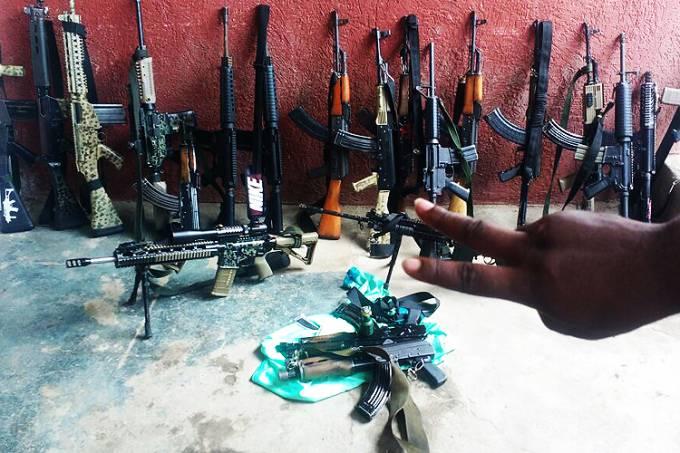 Fábricas de armas caseras venden armamento barato a criminales en Brasil