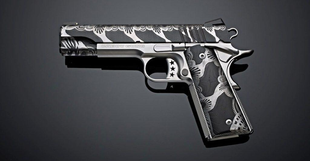 Pistola 1911 Diablo Damascus, colección OAK Custom