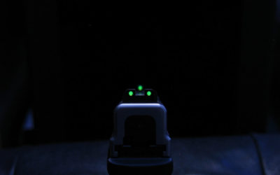 Las miras nocturnas son realmente útiles para la defensa personal