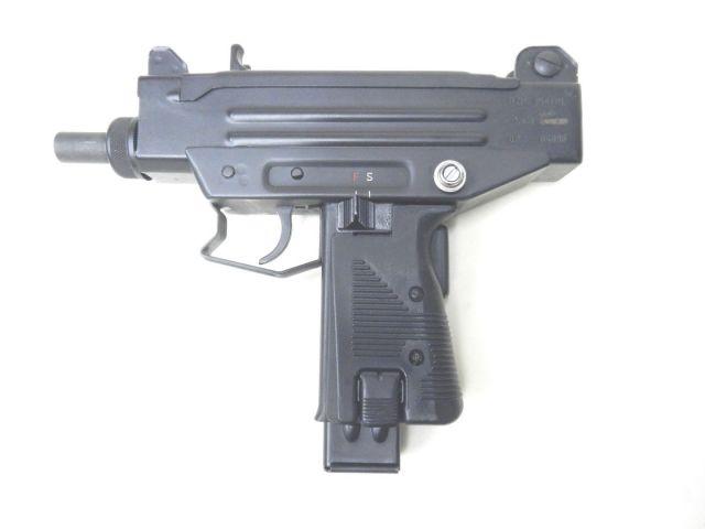 Micro Uzi en cal. 9 mm Parabellum.  Redacción Espacio Armas
