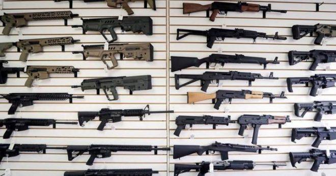 """Canadá prohíbe armas de fuego """"de estilo militar"""""""